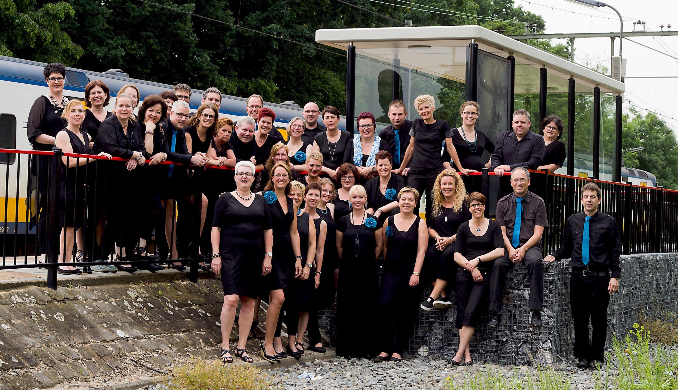 Vocale Groep Sumadi - Groepsfoto 03