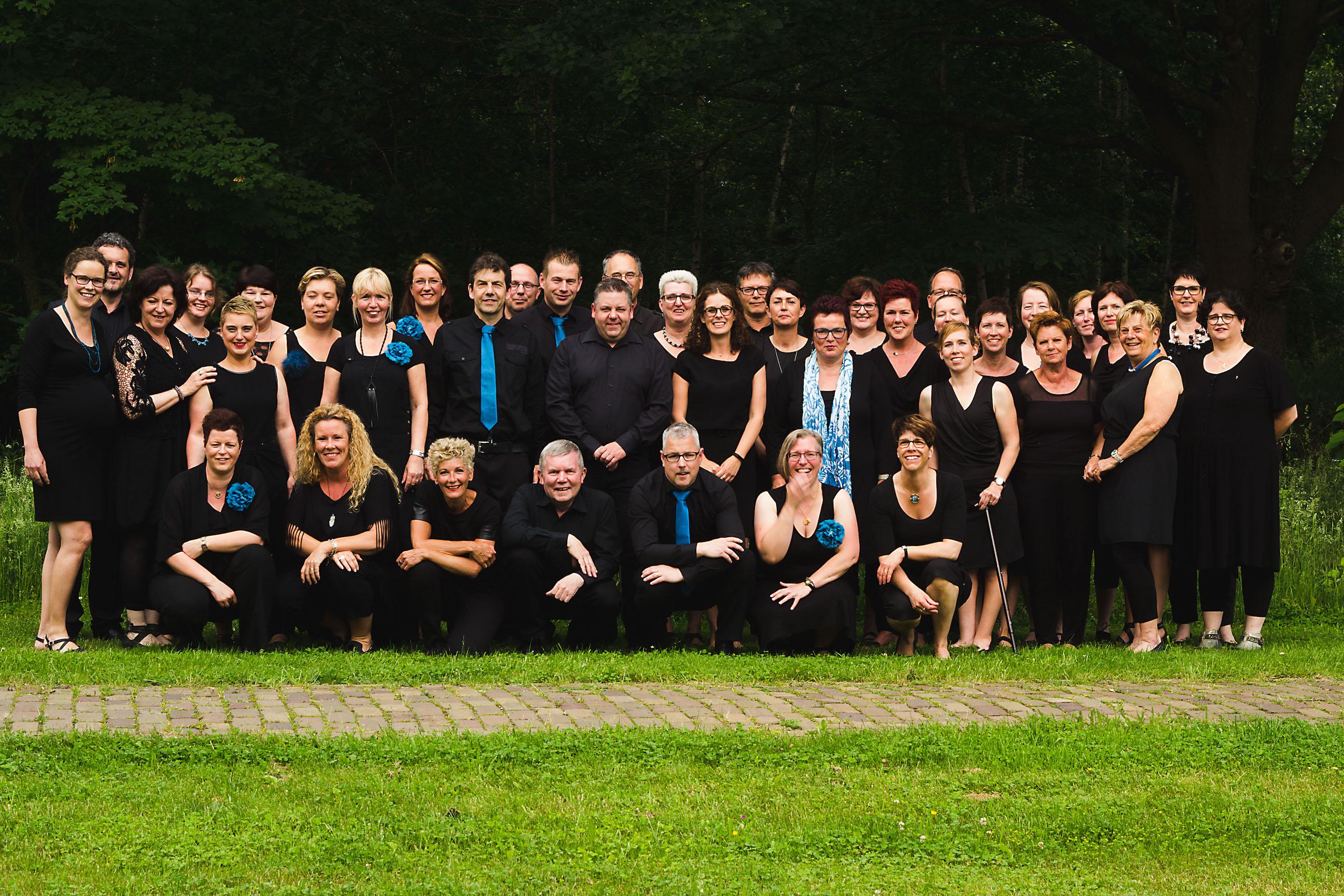 Vocale Groep Sumadi - Groepsfoto 05
